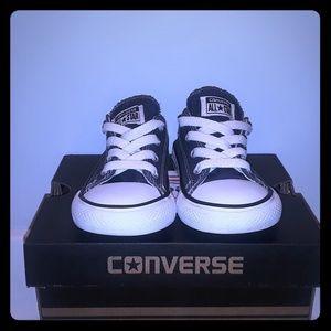 Size 7 Blus Converse All Stars